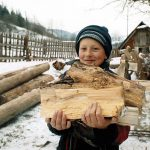 У селах Тернопільщини люди повертаються до пічного  опалення