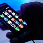 Деяким жителям Тернопільщини варто заборонити користуватися телефонами