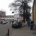 Власники чорних джипів у Тернополі мають право на все