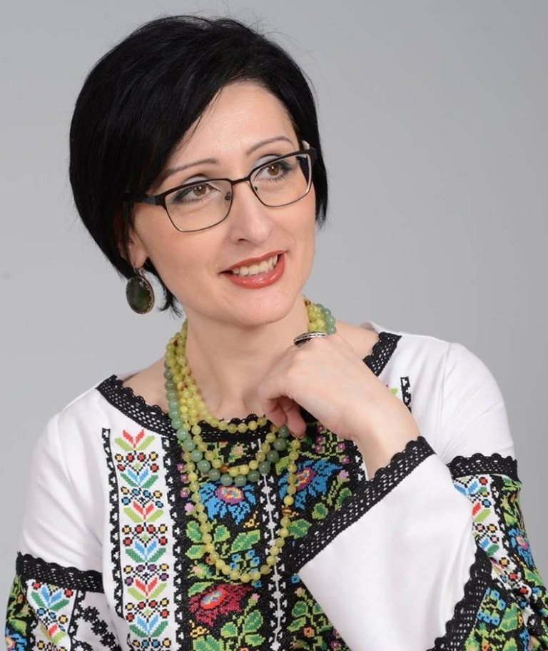 Зоряна Замкова