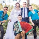Тріо з Тернопільщини зіграло більш, ніж на тисячі весіль