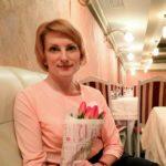Тернопільська журналістка вдома вирощує льон