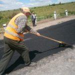 На 12 автошляхах Тернопільщини працювала дорожня техніка