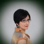 «Жінці не варто доганяти молодість», – тернопільська поетеса Зоряна Замкова