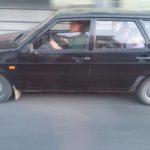 Цей тернопільський водій не знає, що потрібно поступатися машині швидкої допомоги (фото)