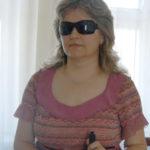 Тернополянка, яка осліпла, вважає, що головне не гроші, а люди, які поруч