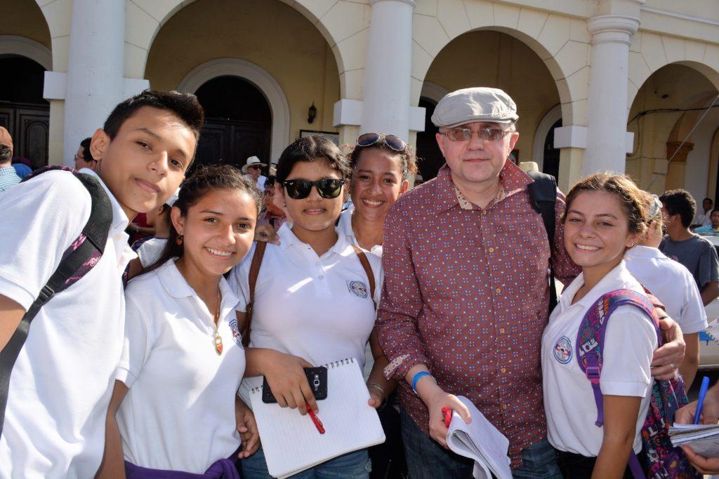 З нікарагуанськими читачами. Гранада. 2016
