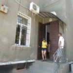 Жителі Тернопільщини масово їдуть за кордон, бо там є туалети