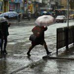 Чи потрібні тернополянам парасолі, якщо у них мокрі ноги (фото)
