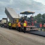 Сьогодні шляховики продовжують ремонтні роботи на 6 автошляхах краю