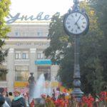 Три погляди на тристоронній тернопільський годинник (фото)
