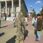 На Театральному майдані у Тернополі можна побачити, що створили люди, щоб вбивати один одного (фото)