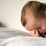 У Тернополі дитина плакала кілька годин, бо батьки важко працюють