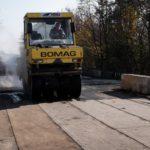 На Тернопільщині ремонтують міст, який був аварійним більше 10 років (відео)