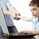 Тернопільські психологи розповіли, як захистити дітей від злочинців в інтернеті