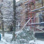 У Тернополі нарешті почали ремонтувати дуже страшну будівлю (фото)