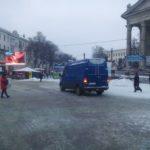 У Тернополі водії таки знайшли, де найкраще почистили дорогу (фото)
