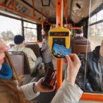 Тернополяни вже просять удосконалити оплату картками у маршрутках