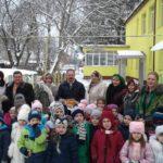На Тернопільщині маленьких дітей змусили мерзнути, щоб вони побачили живого народного депутата