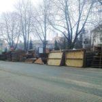 Центр Тернополя перетворили на склад будівельних матеріалів (фото)