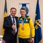 За «золото» на паралімпійських іграх тернополянин Тарас Радь отримав від держави понад три мільйони гривень( фото)