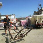 У райцентрі на Тернопільщині трупи возять візком
