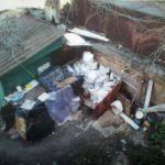 Двір одного тернопільського будинку перетворили на смітник (фото)