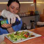 У райцентрі на Тернопільщині відкрили кафе для тих, хто любить хвалитися тим, що їсть