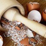 Пенсіонерка з Тернопільщини розповіла, що  вона робить із шкаралупою освячених яєць