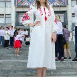 ОДА у вишиванці: На Тернопільщині влаштували масштабний флешмоб за участі державних службовців (фото)