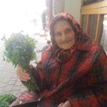Тернополянка розповіла вражаючу історію про трьох бабусь, яким люди дають милостиню