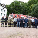 Поліцейські, медики та рятувальники готові при необхідності допомогти прочанам, які прямують до Зарваниці (фото)