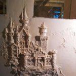 Тернополянин придумав незвичайну технологію ліпнини на стінах – як у дитинстві, коли обліплював дитячі гірки