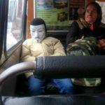 Тернополянин розповів, про що пасажири говорять по телефону у маршрутках