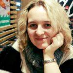 Розмальовку-антистрес із замками Тернопільщини намалює молода художниця