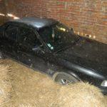 Викрадений автомобіль громадянина Франції знайшли у селі на колишній фермі