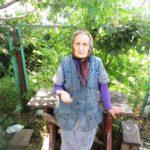 Щоб купити хліба, 86-річна пенсіонерка з Тернопільщини йде пішки за 4 кілометри
