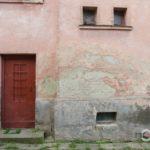 У Тернополі є два унікальні будинки з вишиванкою
