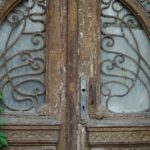 У Тернополі є таємничі двері, які ведуть в нікуди
