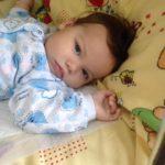 У Лондоні збирають гроші для хворого немовляти з Тернопільщини