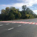 Задля безпеки людей на дорогах Тернопільщини облаштовують шумові смуги та пішохідні переходи з пластику