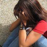 Тернополянка не може забути дівчинку-підлітка, яка на вулиці вела п'яного батька