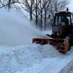 Дороги від снігу прибиратимуть комунальники, а двори і міжбудинкові проїзди – ЖЕКи та ОСББ
