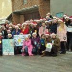 Райцентр на Тернопільщині заполонили помічники улюбленого святого усіх дітей