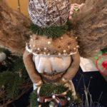 На Тернопільщині ялинку замінили ангелом з мішковини, жолудями і горіхами