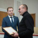 П'ять сімей учасників АТО отримали сертифікати на нове житло (фото)