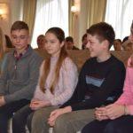 Спілкуватись без конфліктів та агресії навчатимуть підлітків у Тернополі
