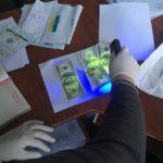 На Тернопільщині за вплив на посадовців вимагають сотні доларів
