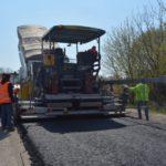 На Тернопільщині одночасно ремонтують вісім доріг