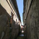 Де на Тернопільщині є одна з найвужчих вуличок у Європі (фото)